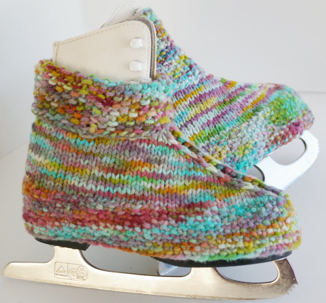 Beneath the Rowan Tree: Bunny Hop Skate Warmers :: Free Knitting Pattern