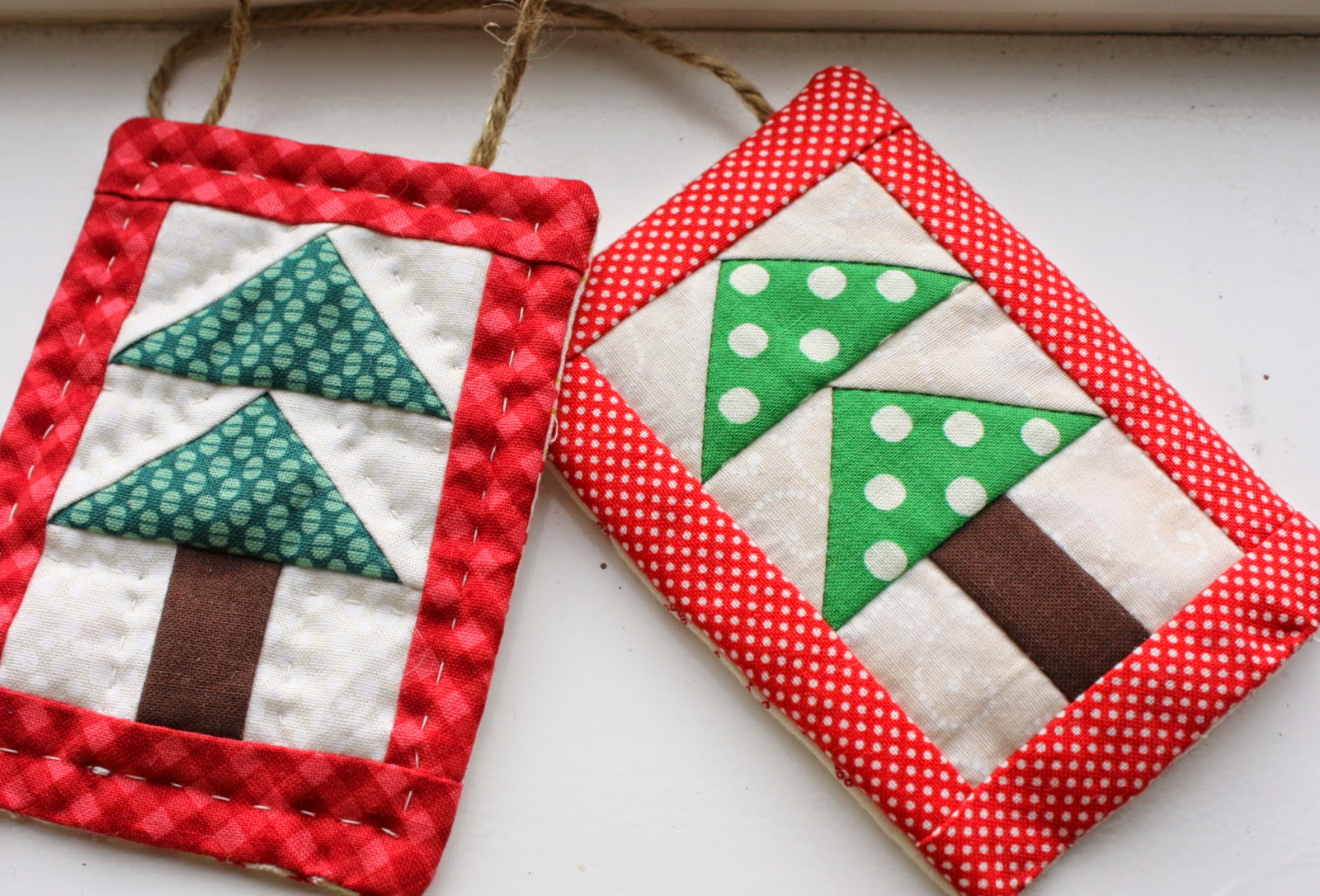 Christmas Tree Ornaments Quilted : Mini christmas tree quilt ornament tutoial diary of a