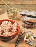 Paté de salmón con picadillo de alcaparras