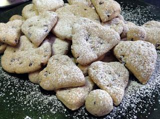 biscotti  al cioccolato e nocciole (senza uova e burro!)