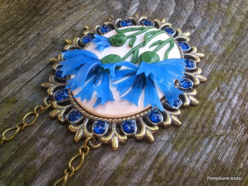 polymer clay, fimo, premo,jewelry, biżuteria, wisiorek, chabry,