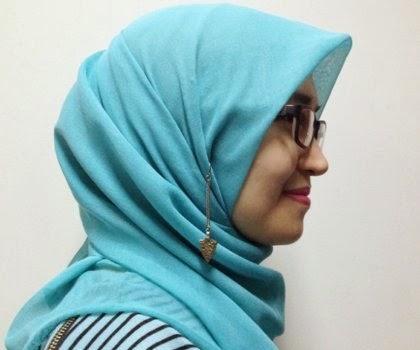 Padu Padan Anting dan Hijab, Bolehkah Diterapkan?