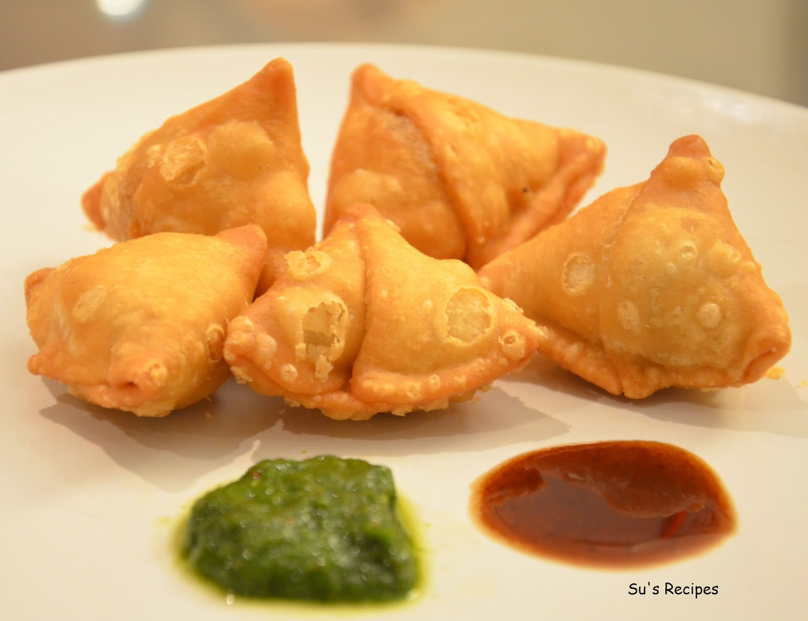 Mini Samosa and Potli Samosa haldirams kachoris, snack, indian, chats