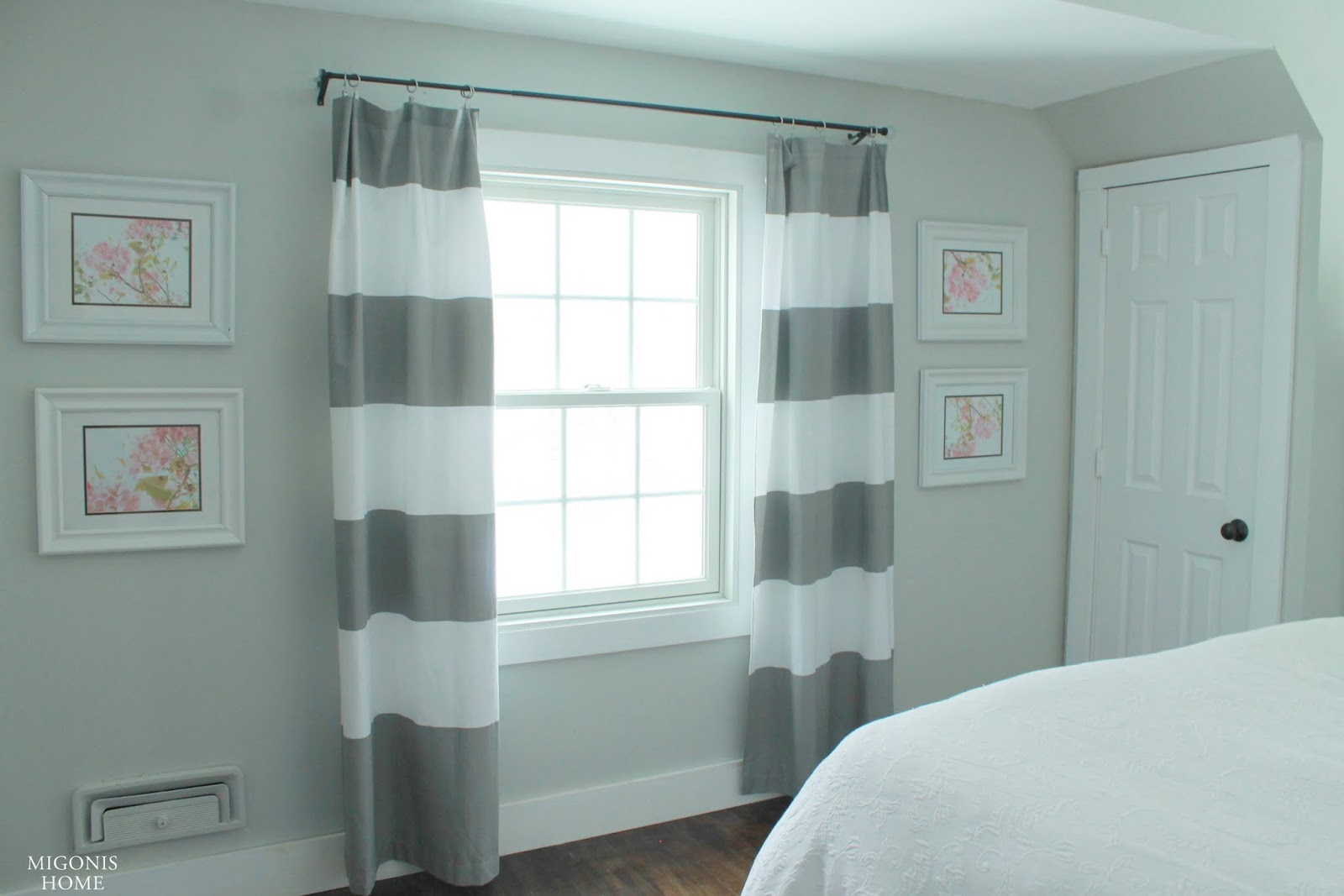 Curtains: West Elm shower curtains (post here )</p> <div style='display:none;'> <div class='vcard' id='hcard-'> <span itemprop='description'><span itemprop='itemreviewed'>Aly And Aj Living Room Tour</span></span> <time itemprop='dtreviewed'>2015-05-15T01:00:00-07:00</time> Rating: <span itemprop='rating'>4.5</span> Diposkan Oleh: <span class='fn n'> <span class='given-name' itemprop='reviewer'>Cindy Claudia</span> </span> </div> </div> <div style='clear: both;'></div> </div> <div class='post-footer'> <div class='post-footer-line post-footer-line-1'> <div class='iklan2'> </div> <div id='share-button-bamzstyle'> <p>Share ke:</p> <a class='facebook' href='http://www.facebook.com/sharer.php?u=http://itisawomansworld-greece.blogspot.com/2015/05/aly-and-aj-living-room-tour.html&title=Aly And Aj Living Room Tour' rel='nofollow' style='background:#3b5998;' target='_blank' title='Facebook'>Facebook</a> <a class='facebook' href='https://plus.google.com/share?url=http://itisawomansworld-greece.blogspot.com/2015/05/aly-and-aj-living-room-tour.html' rel='nofollow' style='background:#c0361a;' target='_blank' title='Google+'>Google+</a> <a class='twitter' data-text='Aly And Aj Living Room Tour' data-url='http://itisawomansworld-greece.blogspot.com/2015/05/aly-and-aj-living-room-tour.html' href='http://twitter.com/share' rel='nofollow' style='background:#4099ff;' target='_blank' title='Twitter'>Twitter</a> <div class='clear'></div> </div> <div class='terkait'> <h3>Related Photos of Aly And Aj Living Room Tour :</h3> <script src='/feeds/posts/default/-/aj?alt=json-in-script&callback=relpostimgcuplik&max-results=50' type='text/javascript'></script> <script src='/feeds/posts/default/-/aly?alt=json-in-script&callback=relpostimgcuplik&max-results=50' type='text/javascript'></script> <script src='/feeds/posts/default/-/and?alt=json-in-script&callback=relpostimgcuplik&max-results=50' type='text/javascript'></script> <script src='/feeds/posts/default/-/living?alt=json-in-script&callback=re