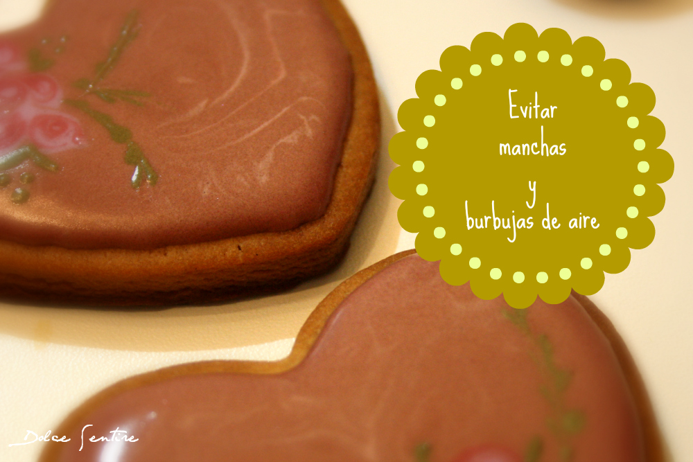 Qué debes hacer para evitar manchas y burbujas de aire en la glasa de tus galletas (how to avoid bubbles and spots on royal icing)