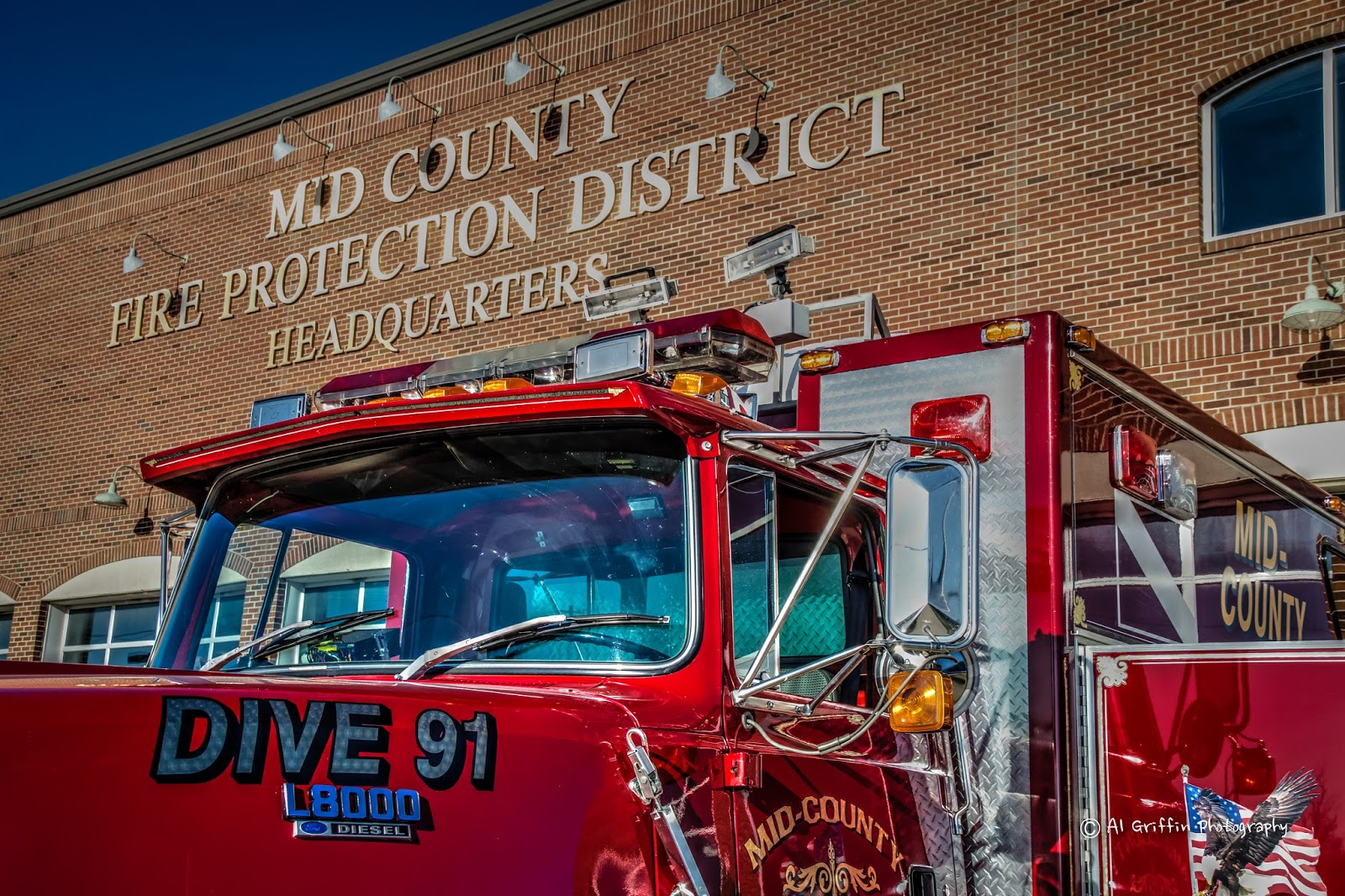 Mid County Fire Protection District Dive Team On National Celebrate A Life  Day