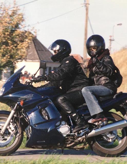 Diversion 900 : op tocht met de moto