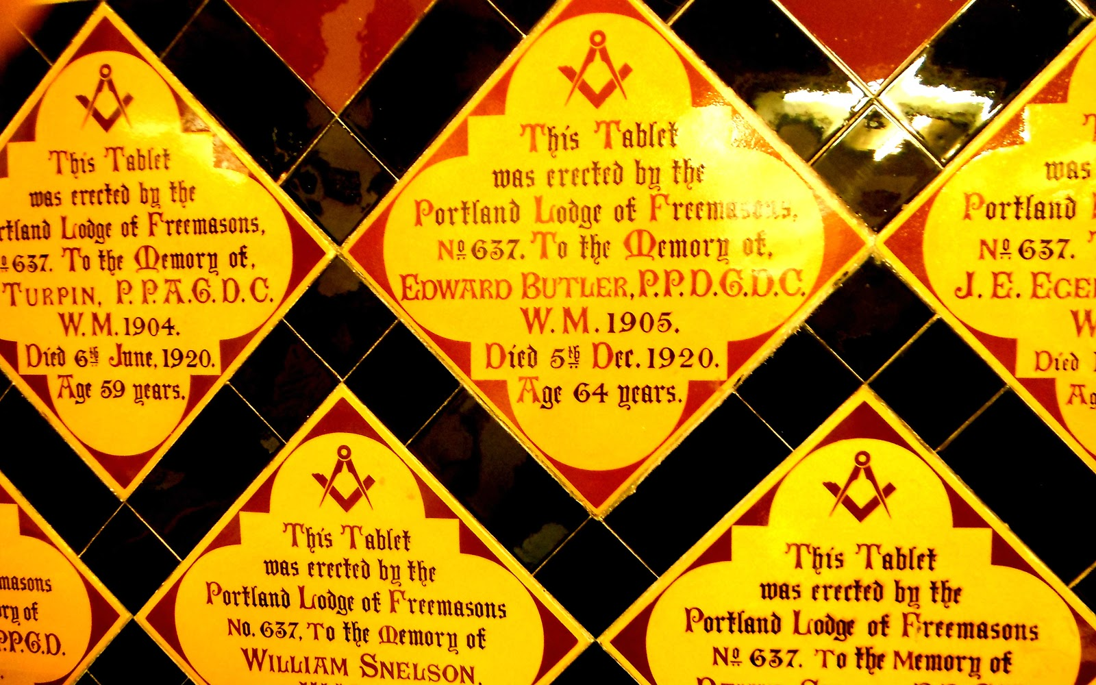Memorial tablets to freemasons in Stoke Minster Church