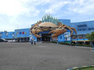 WBL Wisata Bahari Lamongan Jawa Timur Surabaya Wahana Wahana