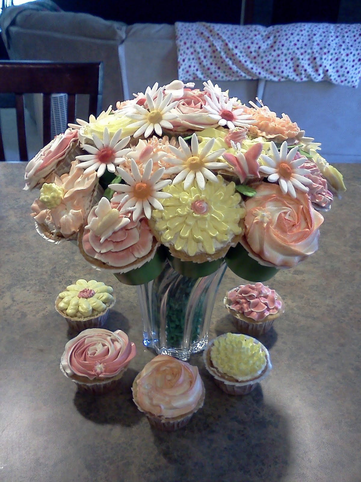 Lindys Bayside Confections Cupcake Bouquet
