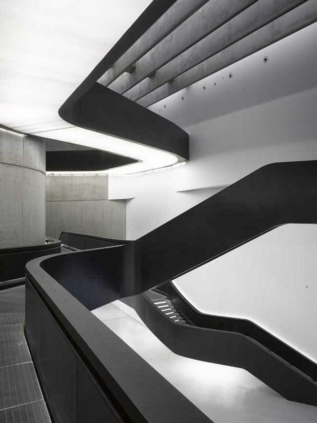 personal proffesional practice 3 zaha hadid interior design. Black Bedroom Furniture Sets. Home Design Ideas