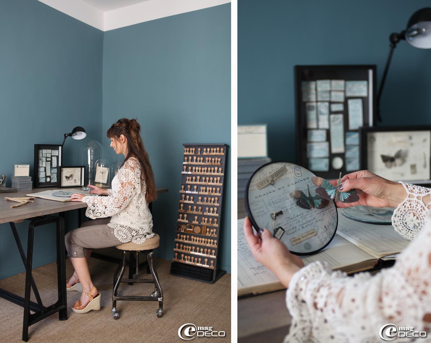 Dans l'atelier d'Aurélia Ducrocq du blog 'Dentelles Oxydées...', un bureau et une lampe articulée AM-PM