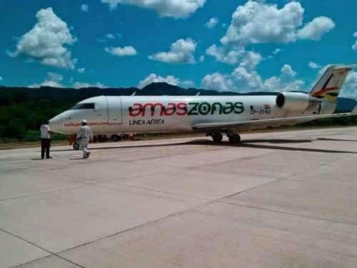 Avión de Amaszonas sufre percance en Caraparí