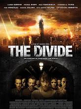 The Divide (Aislados) (2011)