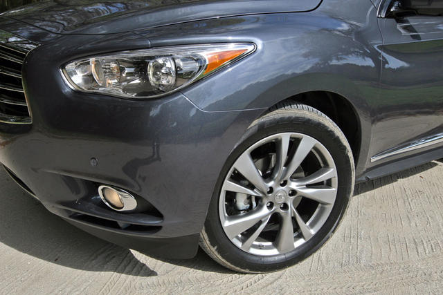 2013-Infiniti-JX35-south-carolina-wheel