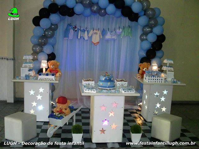 Decoração em mesa provençal para festa de Chá de Bebê