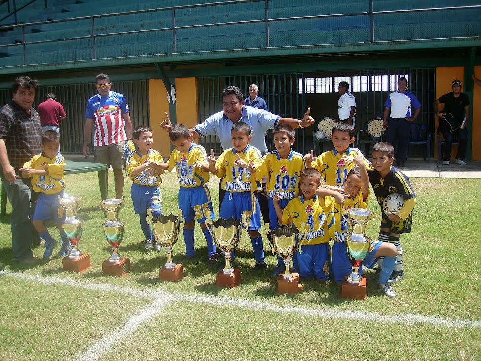 Campeones de la Raul leoni