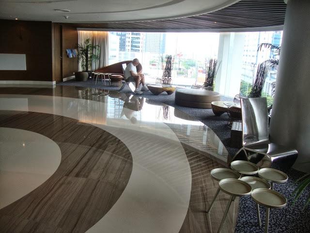 f1 hotel manila lobby
