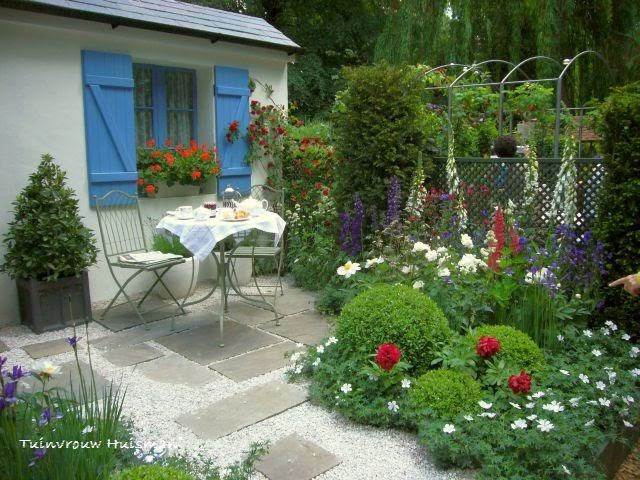 Tuindesign voortuin idee n en voorbeelden for Mooie tuinen voorbeelden