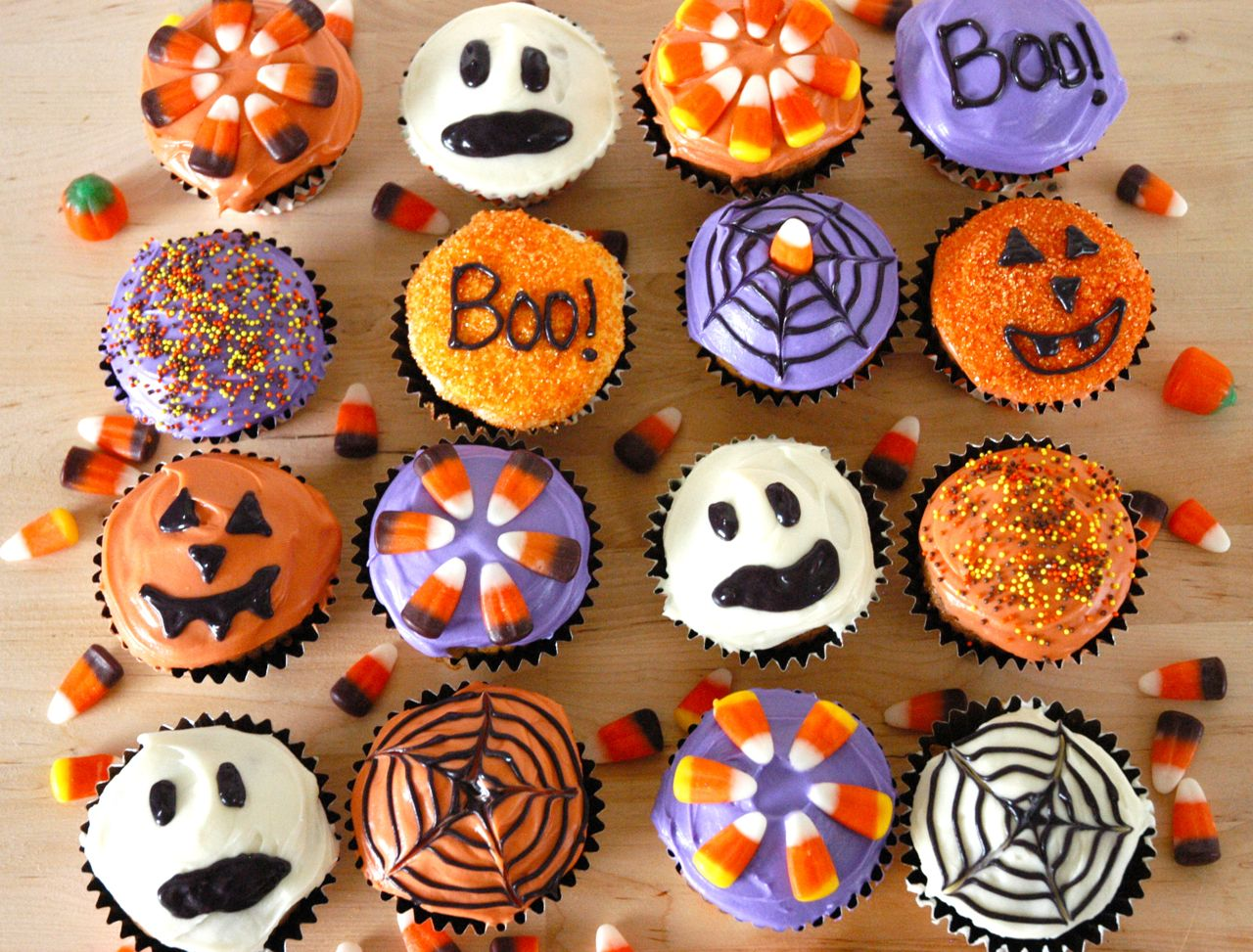 Goddess of baking spiced pumpkin cupcakes for halloween Halloween cupcakes