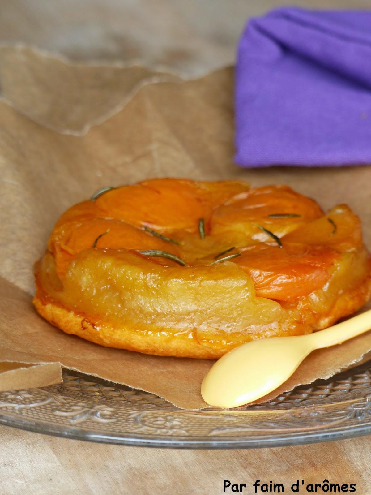 Tarte tatin abricots et romarin