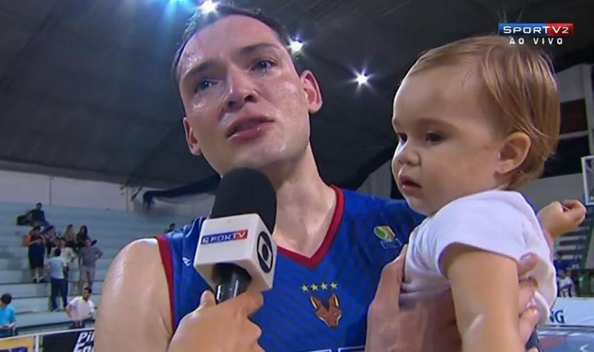 Lucas Cipolini se emociona no UTC ao vivo no Sportv
