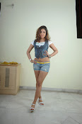 Komal Jha trendy Photo shoot Gallery-thumbnail-4