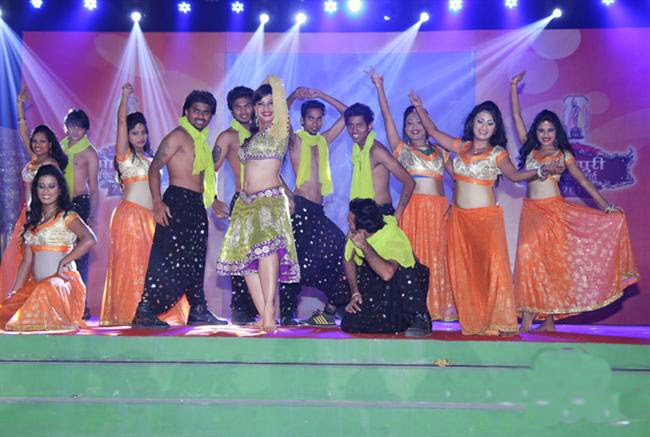 Images Of Bhojpuri Film Awards 2013  In Lucknow
