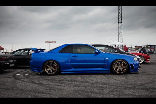 http://3.bp.blogspot.com/-EM_dF0b3LnM/TjU2jOBif4I/AAAAAAAACsQ/hmpox1TcRds/s640/Blue-R34-GTR.jpg