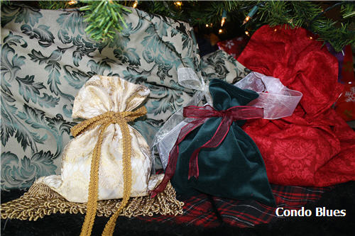 Condo Blues: How to Make Reusable Cloth Gift Bags