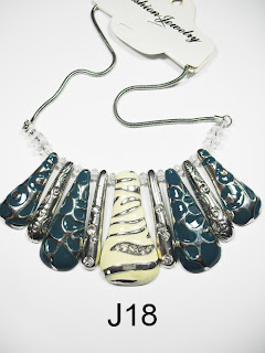 kalung aksesoris wanita j18