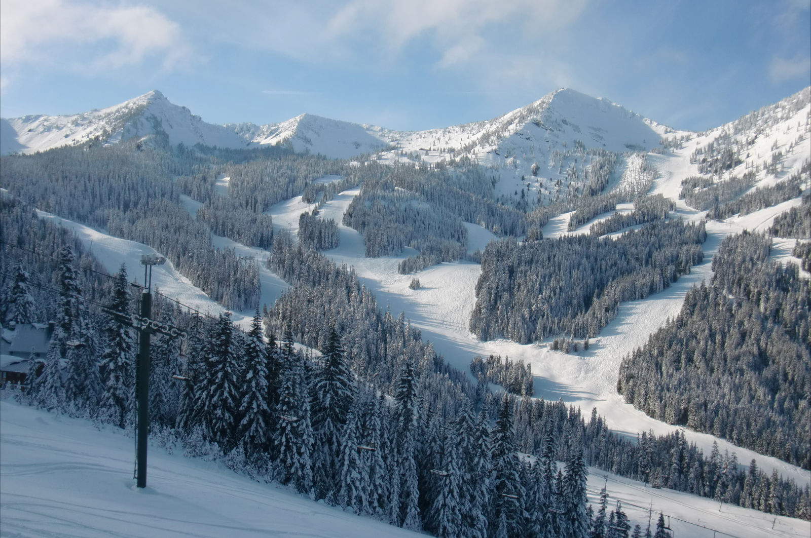 "redefining the face of beauty : beautiful washington state ""ski"