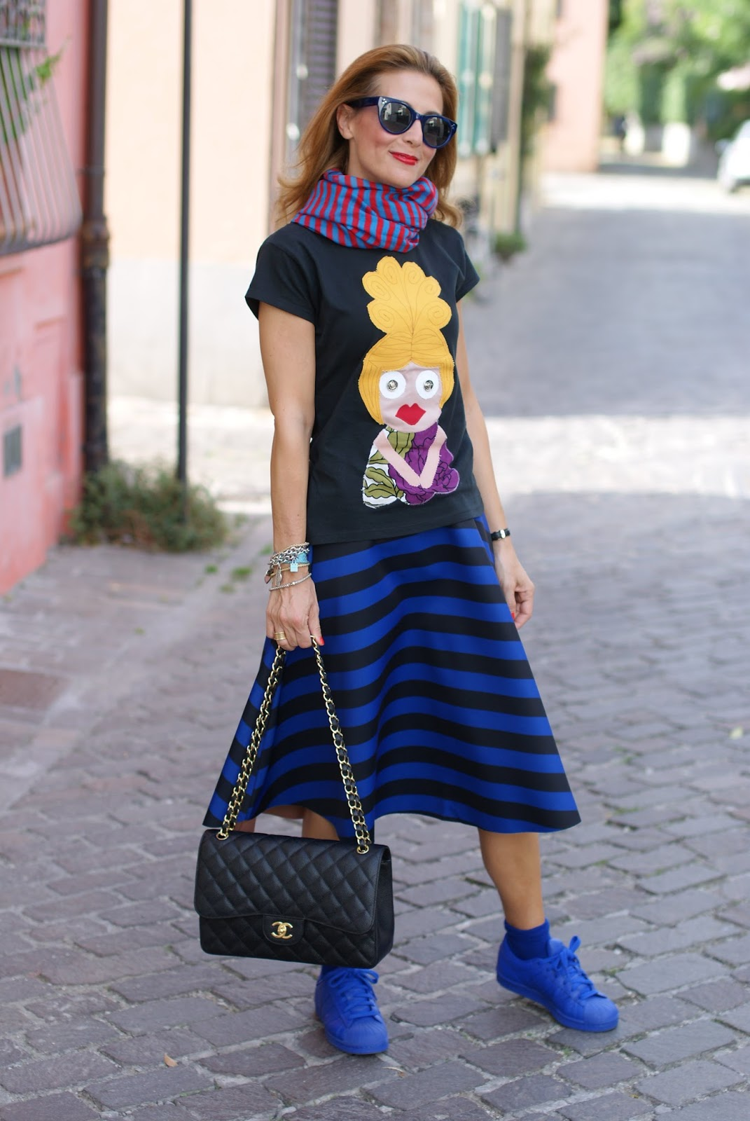 adidas sneakers, Chanel 2.55 bag and Choies striped midi skirt on Fashion and Cookies fashion blog, fashion blogger style