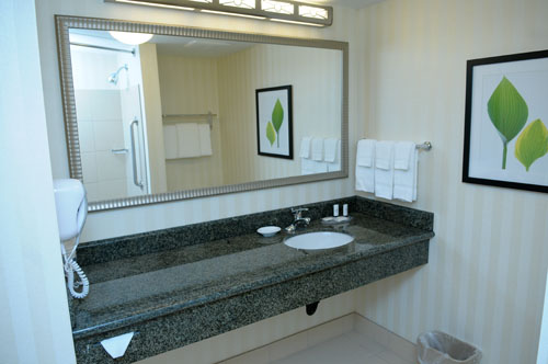 Outstanding Bathroom Vanity with Granite Top 500 x 332 · 36 kB · jpeg