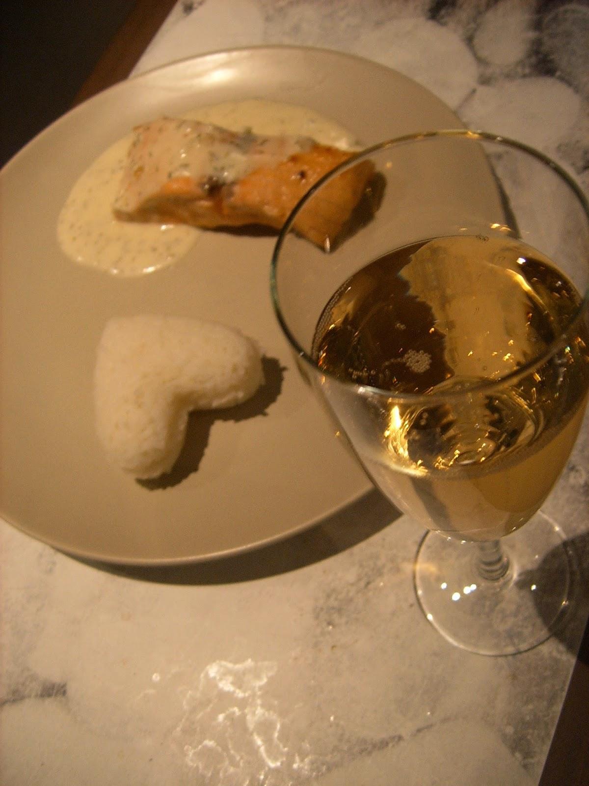 m lina chocolat filets de saumon sauce au champagne battle food 28. Black Bedroom Furniture Sets. Home Design Ideas
