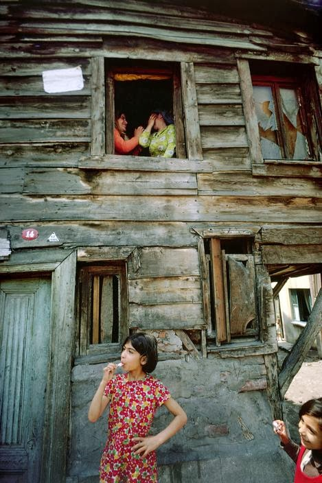 wonderful color photographs capture daily life in turkey