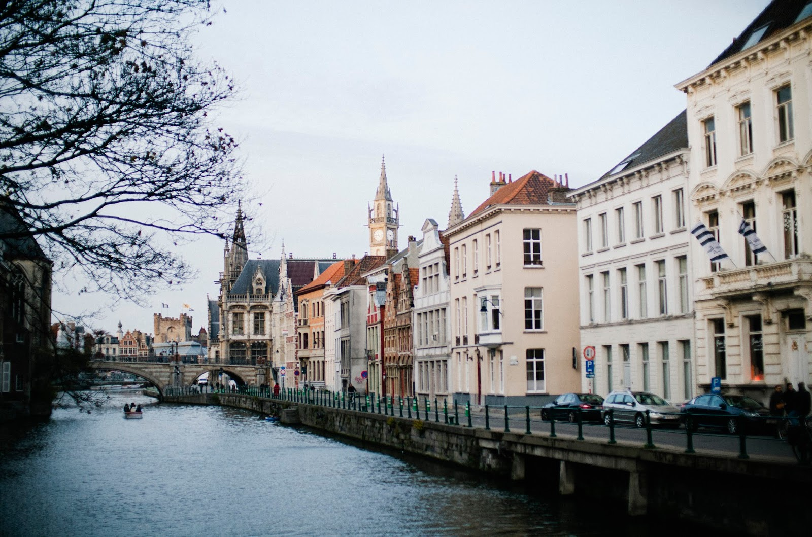 travel blogger, belgium, ghent, river