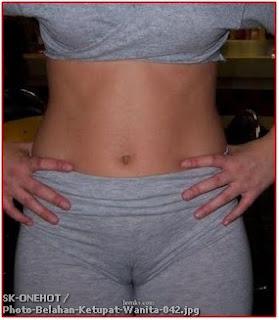 Photo - photo Saat Wanita Lupa Memakai Celana Dalam 42