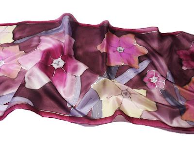 Ajándék ötletek Anyák napjára - kézzel festett selyem sál nárcisszal
