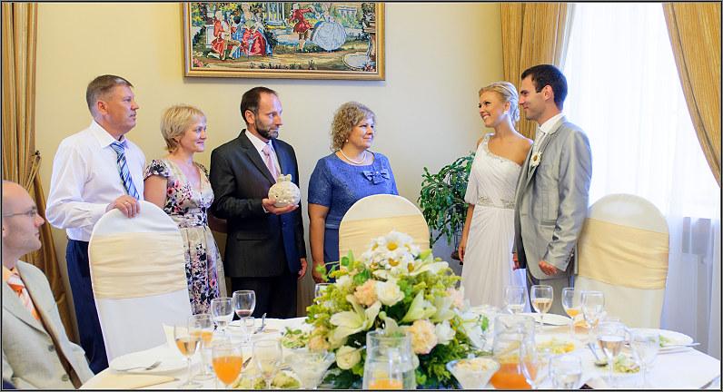 mažos vestuvės taujėnų dvaro menėje