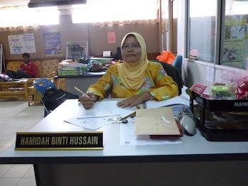 Cik Hamidah bt Hussain