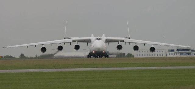 AN-225 Mrya Pesawat Terbang Terbesar di Dunia