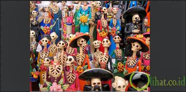 Day of the Dead: Piknik di Pemakaman