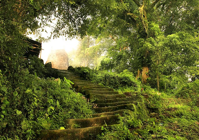 Kampung Adat: Bodo Ede, Weeliang, Weetabar, dan Tarung