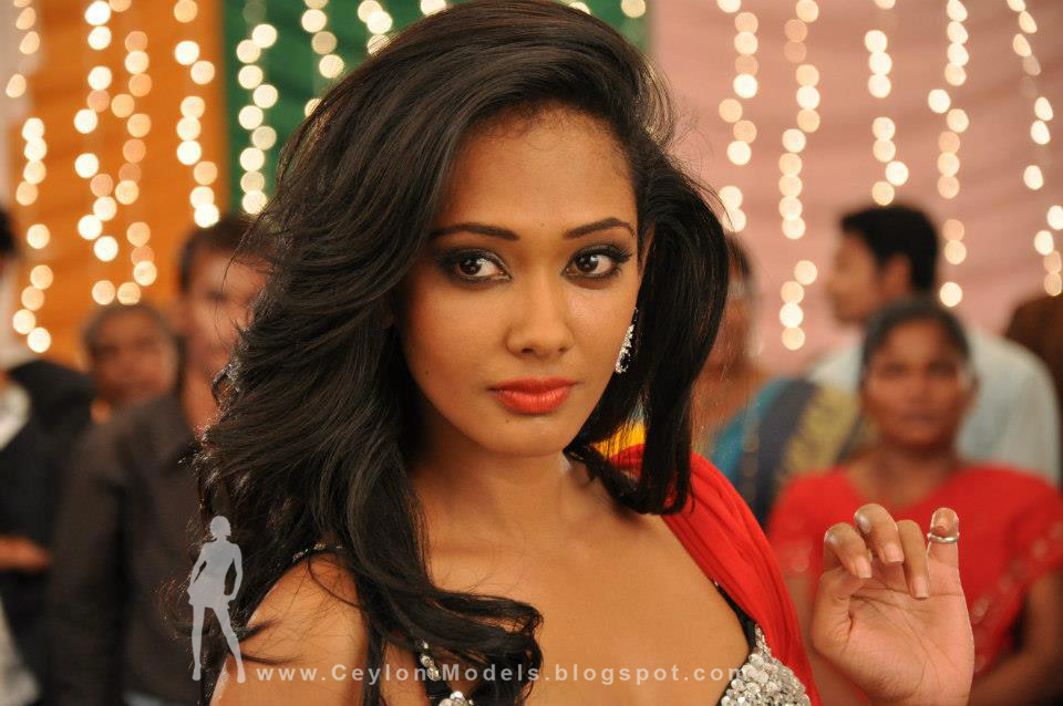 yureni noshika sri lankan model and actress 2012
