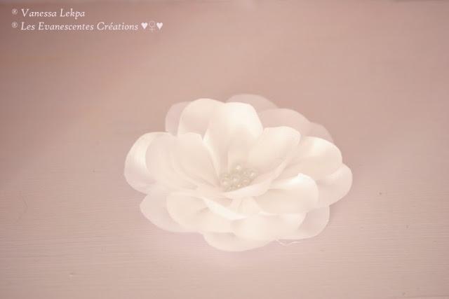 fleurs lotus blanc soie taffetas mariage mariée vanessa lekpa