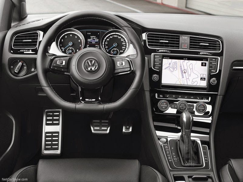 Volkswagen VW Golf R 2014 - Interior