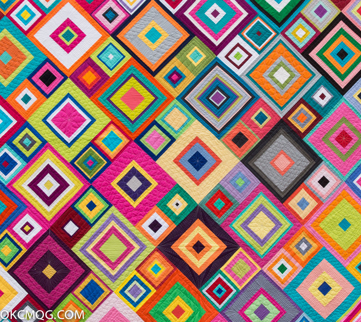 Okc modern quilters 2016 charity raffle quilt hip to be for Modern house quilts