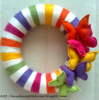 keçe kelebek felt buterfly wreath