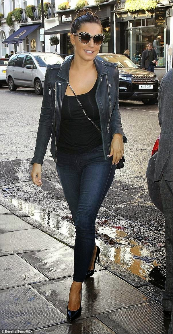 Kelly Brook in Ava Skinny Jeans